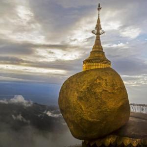 GOLDEN ROCK MYANMAR (BURMA) - 7